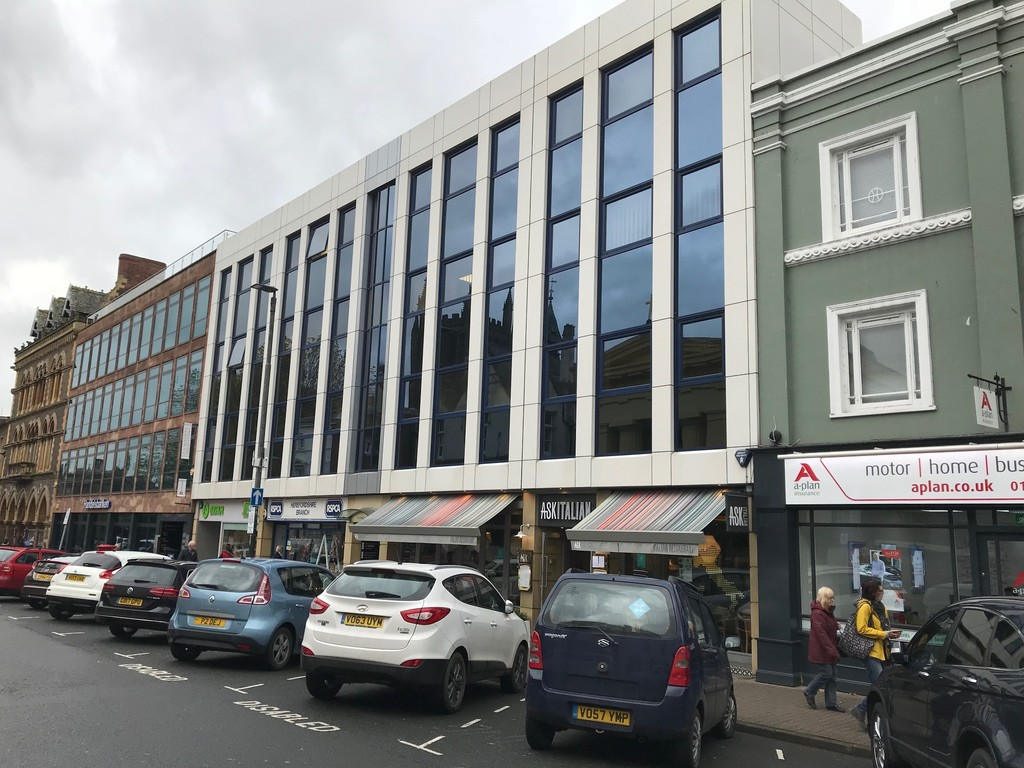 TO LET - SUITE 4, THIRD FLOOR, KEMBLE HOUSE, 36-39 BROAD ST, HEREFORD HR4 9AR  -