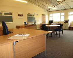 TO LET -  Oaklands Business Centre, Whitchurch, HR9 6BX